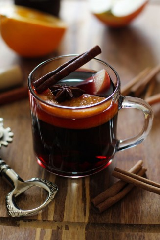 mulled wine with beets and cinnamon